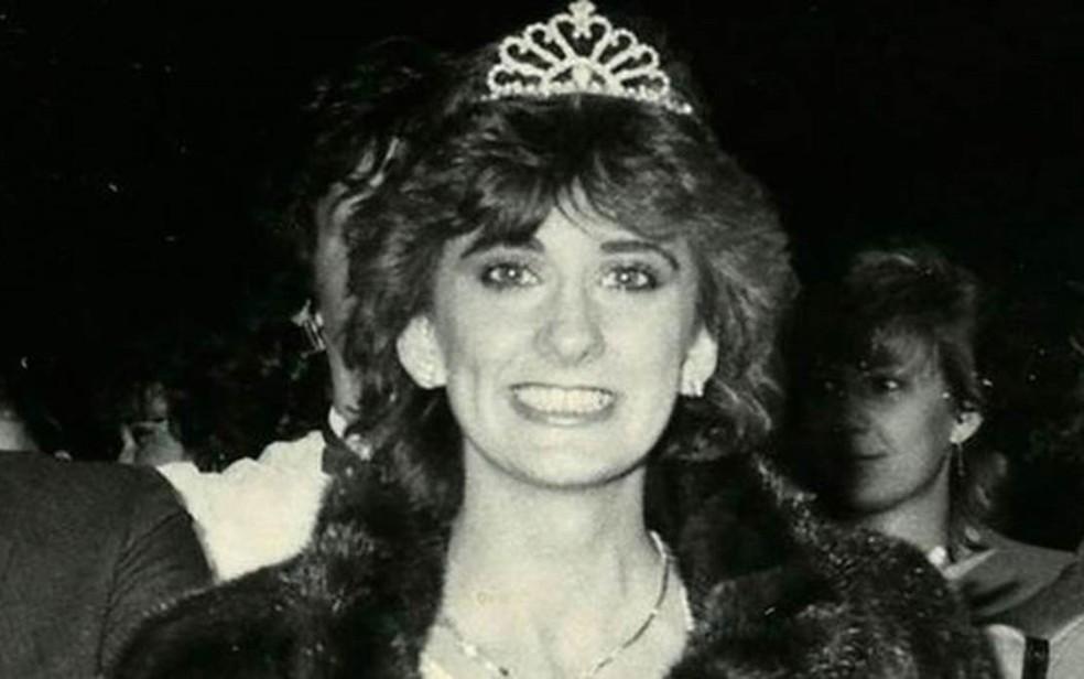 Rachel Lapierre quando foi coroada Miss Quebec em 1982 (Foto: Arquivo pessoal)