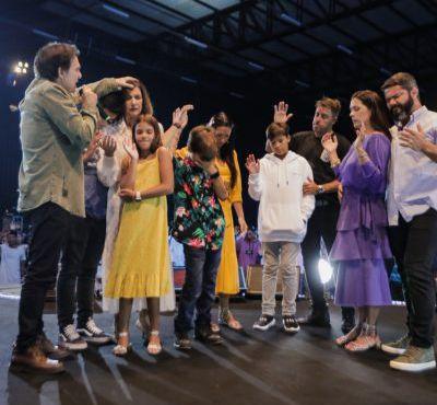 Celebração Profética tem segundo dia marcado por fortes ministrações e mover sobrenatural