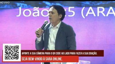 """""""A luz vence as trevas"""", diz Rodovalho durante transmissão on-line de culto"""