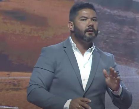 Bispo Lucas Cunha ministrou que os indivíduos devem vencer o medo e desânimo por meio da palavra