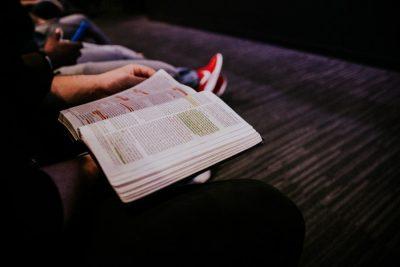 Os cristãos prestam atenção na pregação? 75% diz que sim