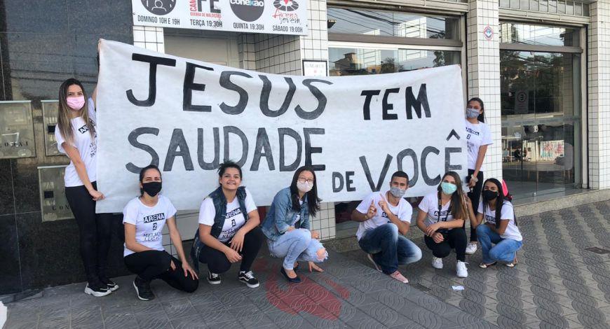 SNT Barbacena/MG realiza movimento evangelístico pelas ruas da cidade