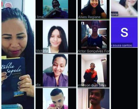 Comunidade Surda e Intérpretes da SNT realizam células em libras on-line