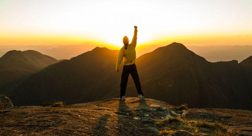 Toda história de êxito é construída por reconstrução pessoal