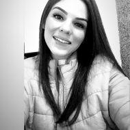 Josiane conta sobre a perda dos pais, irmão e a cura da depressão