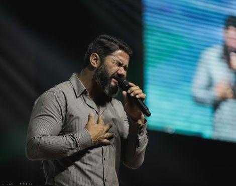 Bispo Lucas Cunha ministrou no domingo sobre resultados em Deus
