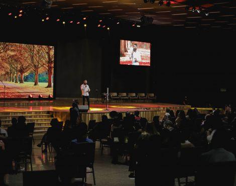 Bispo Lucas Cunha ministrou na terça sobre avançar e crescer