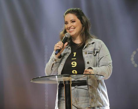 Arena Sede: Pastora Úrsula Kort ministra sobre continuar ou seguir em frente