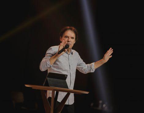 "Culto da Família: ""Tempo e propósito interagem"", diz Bispo Rodovalho"