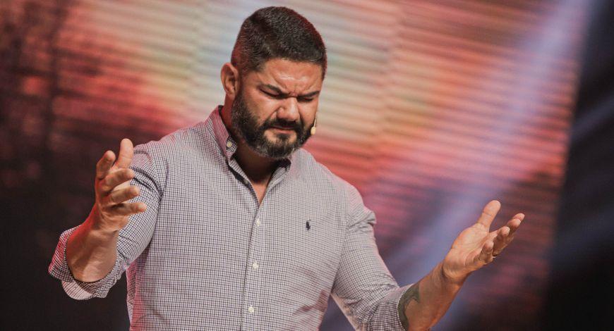 Culto da Fé: Bispo Lucas Cunha ministra sobre a Providência de Deus na vida de Josué