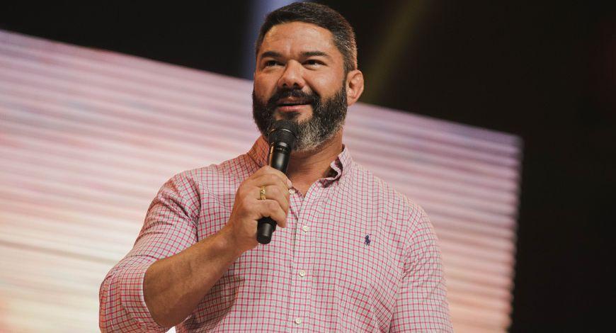 Culto da Fé: Bispo Lucas Cunha ministra sobre a providência de Davi