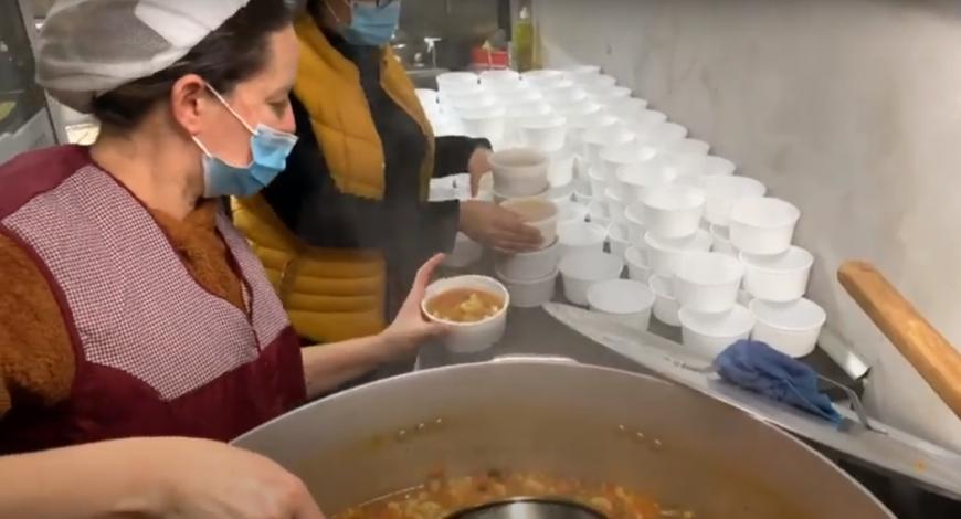 Sara Europa: Deus está em um prato de Sopa!